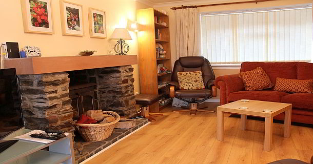 The Spinney Holiday Cottage Living Room